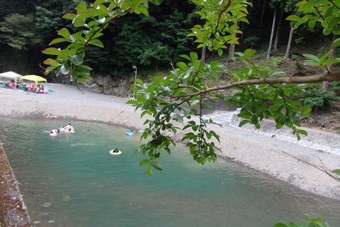 滝畑 湖畔 バーベキュー 場 BBQして川遊びするなら!滝畑湖畔バーベキュー場へ行ってきました♪