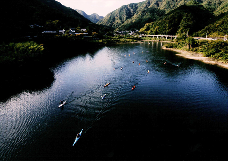 阪九フェリー賞 「村の大声援」滝畑ダム