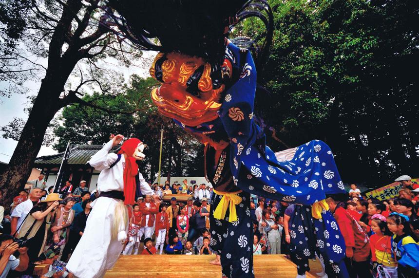 グランプリ 「秋祭りのにぎわい」高向神社