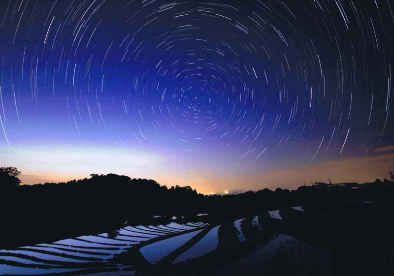 関西サイクルスポーツセンター賞 「棚田に煌く夜空」下赤阪の棚田