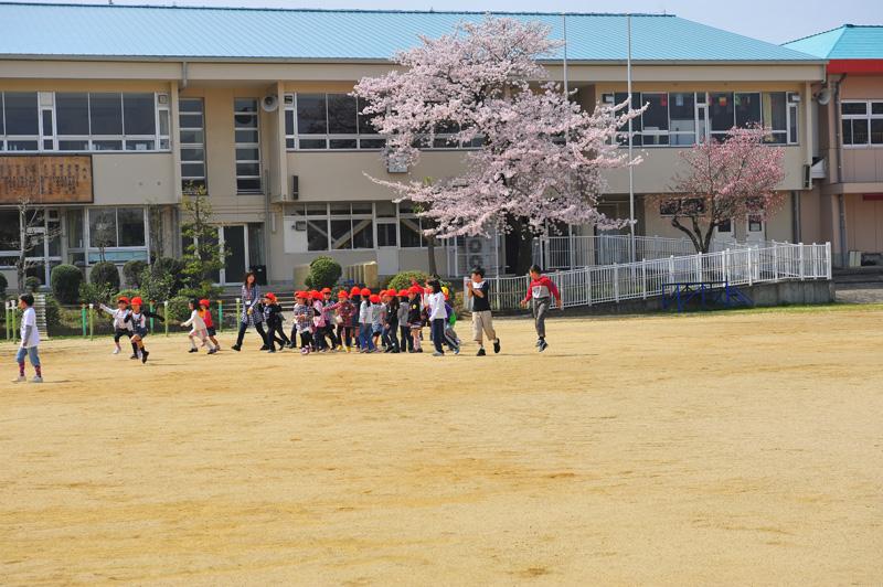 関西サイクルスポーツセンター賞 「桜の下で」天野小学校
